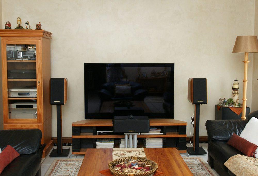 Sony KDL-52NX800 Display / Sonus Faber Concerto / Sonus Faber Solo / REL Storm Sub