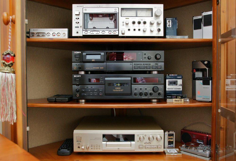 Sony EL-7 Elcaset Deck / Sony DTC-60ES DAT Deck / Sony TC-K990ES Cassette Deck / Sony MDS-JA555ES Minidisc Deck
