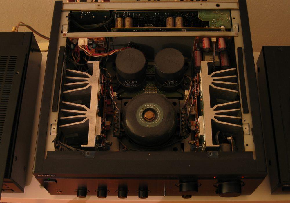 Sony TA-FA5ES inside view