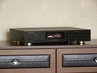 PIONEER F-676 FM/AM Tuner 收音头