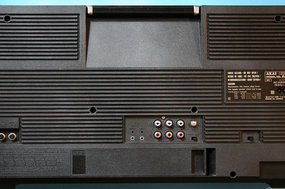 雅佳 AKAI AJ-530FL 单卡收录机