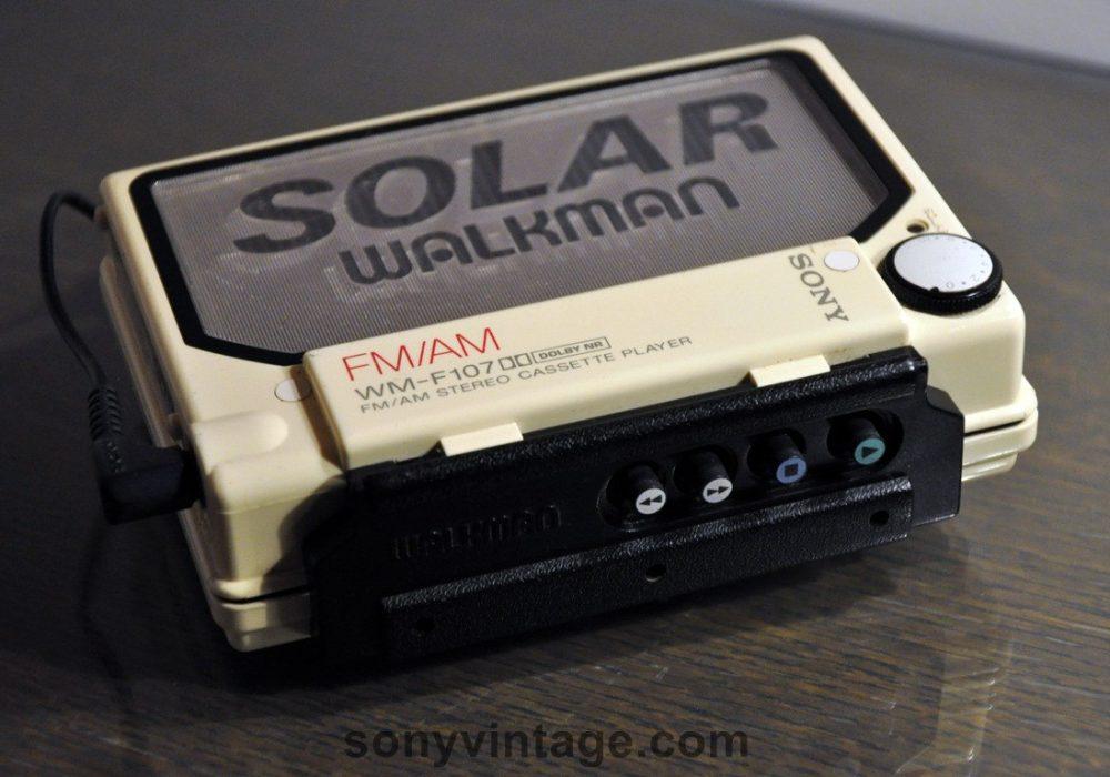 Sony WM-F107 Cassette Walkman (1987)