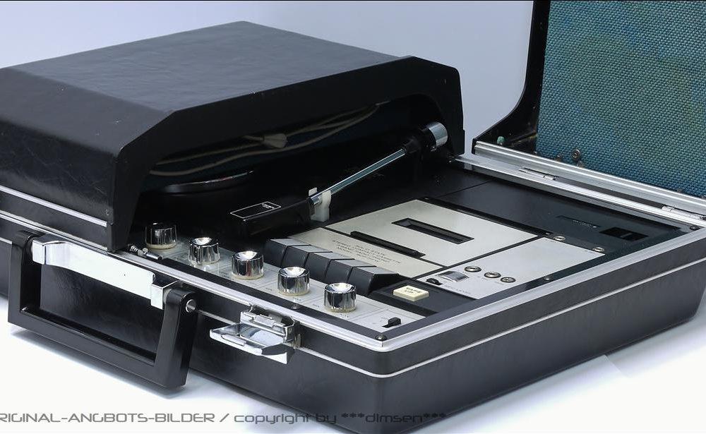 高端大气上档次 CROWN SCP-71FW 收录黑胶一体机