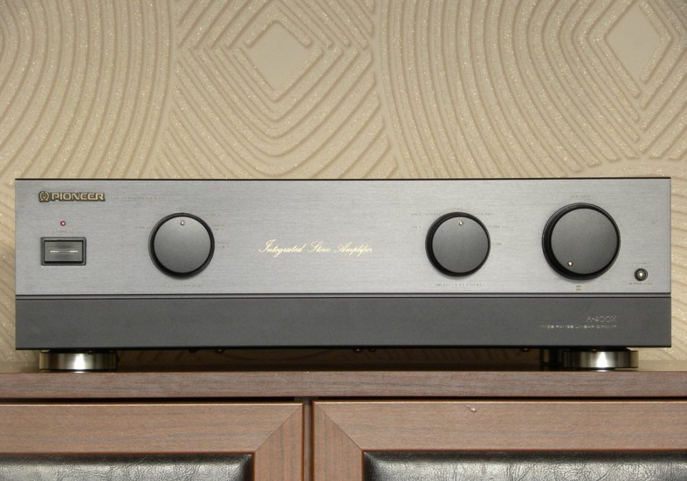 PIONEER a-400x