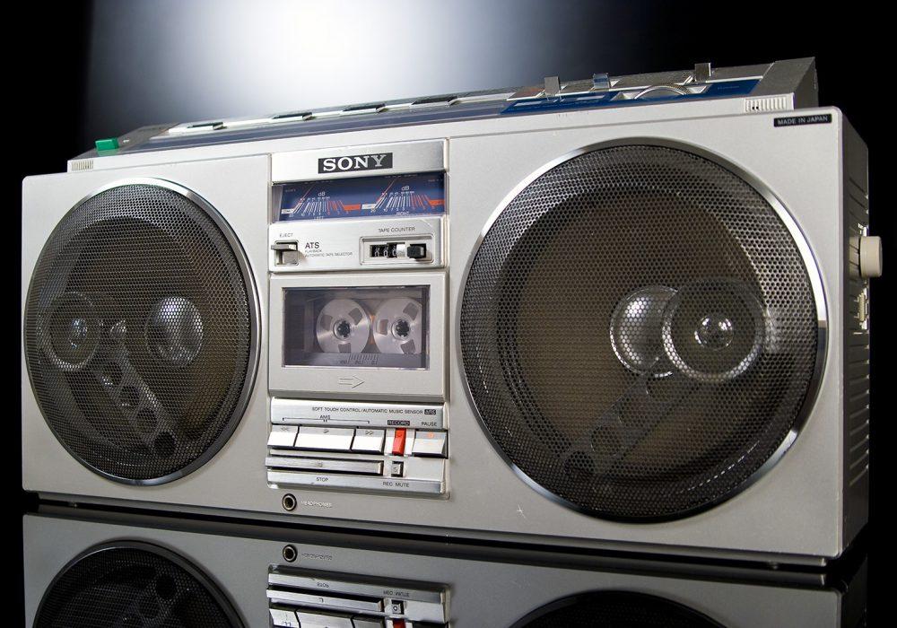 索尼 SONY CFS-77L 收录机