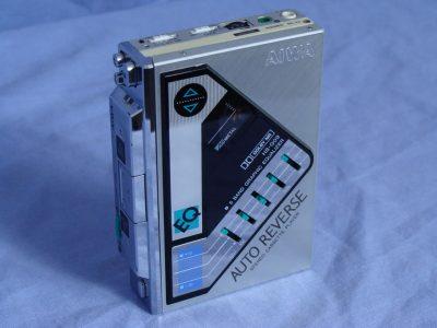 爱华 AIWA HS-G09,HS-T09,HS-J600,HS-J700,HS-P50 磁带随身听