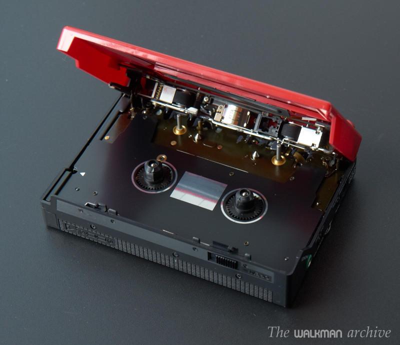 日立 Hitachi CP-35 磁带随身听