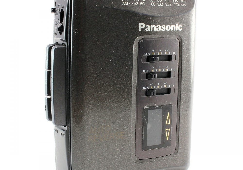 PANASONIC RQ-V152 便携 Stereo 磁带播放机 with AM/FM Radio FOR Parts