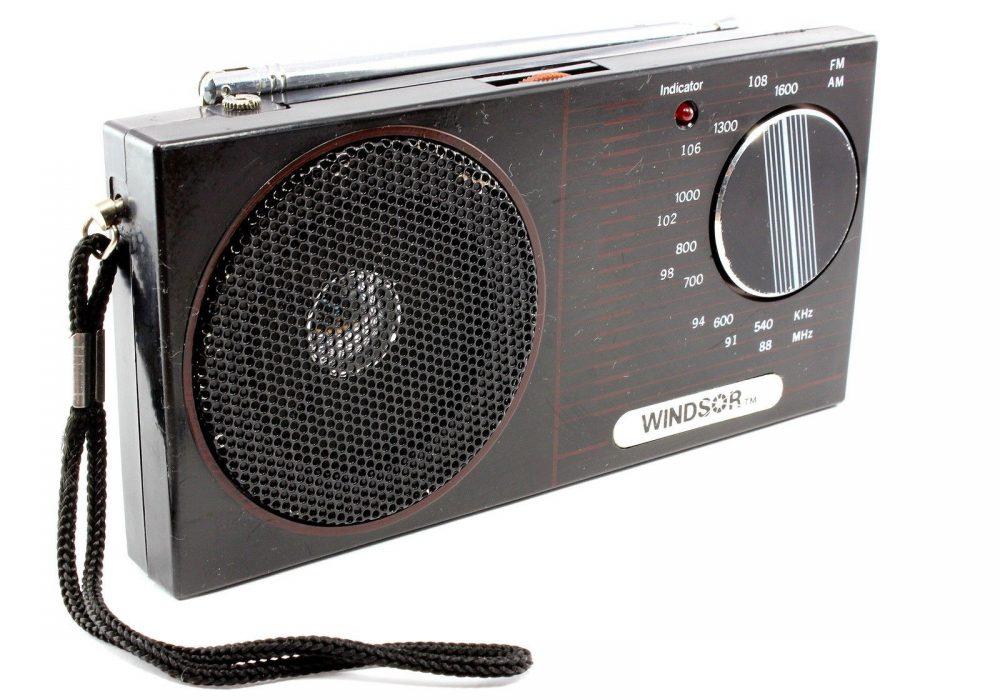 WINDSOR Model 2477 AM/FM 便携式收音机