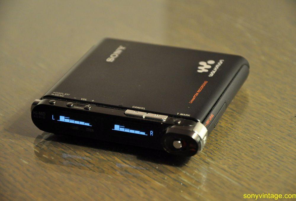 Sony MZ-RH1 / MZ-M200 Hi-MD Minidisc Walkman (2006)