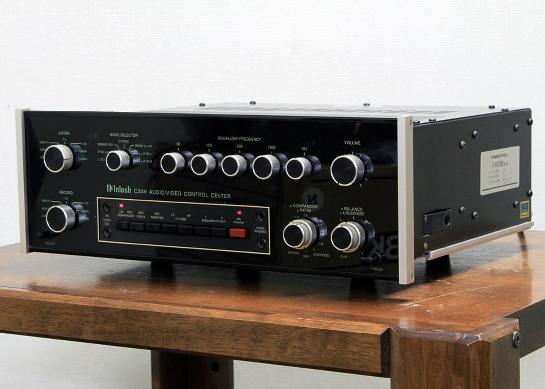 麦景图 McIntosh C34V AUDIO/VIDEO Control Center 前级放大器