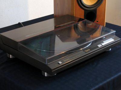 TECHNICS SL-QL5 黑胶唱机