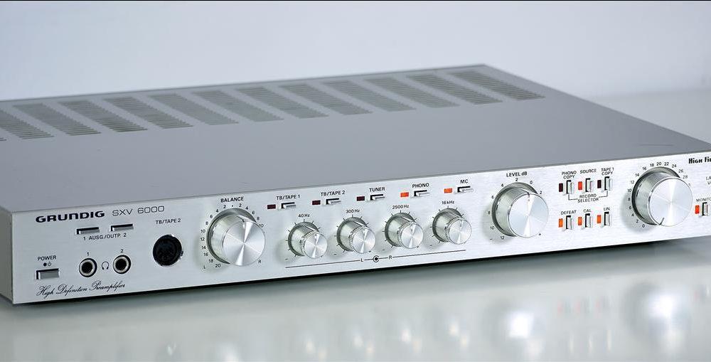 根德 GRUNDIG SXV 6000 前级放大器