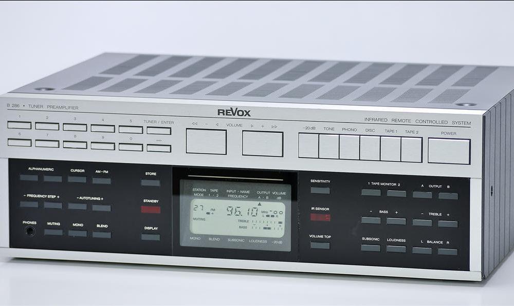 REVOX B286 mkII 前级放大/ FM-AM 收音头