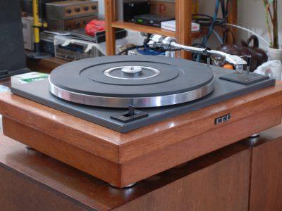 CEC 3000 黑胶唱机