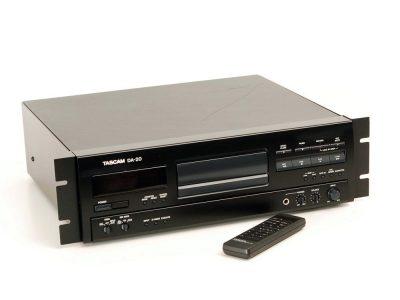TASCAM DA-20 CD播放机