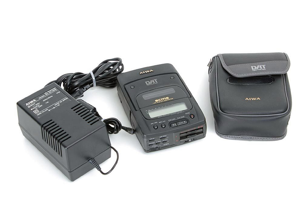 AIWA HD-S100 DAT随身听