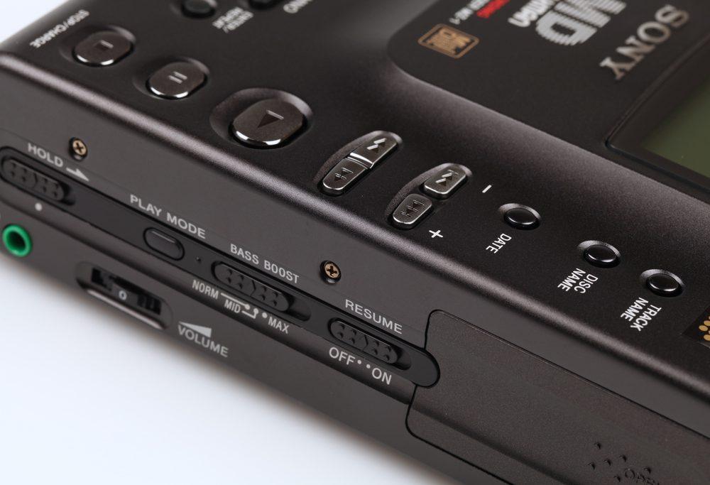 Sony MZ-1 Minidisc Recorder Right View