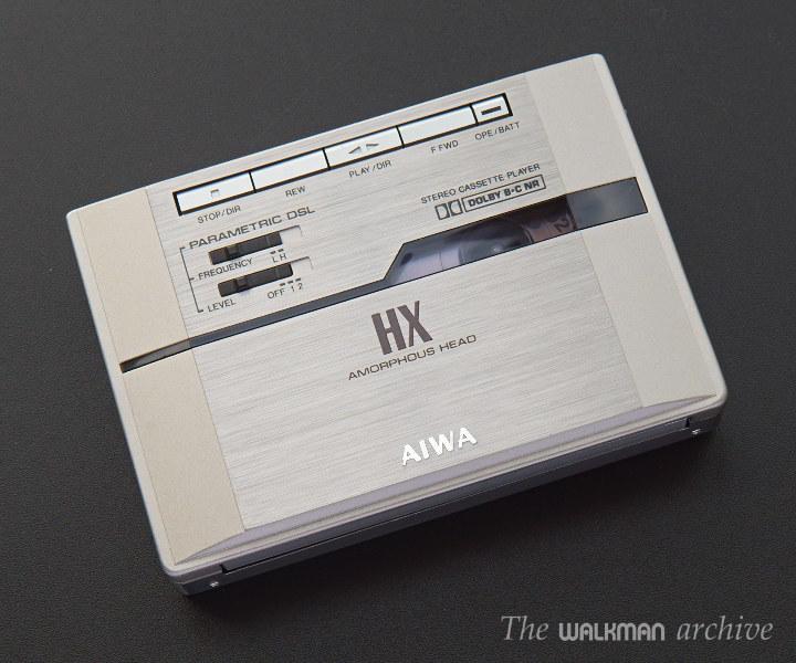爱华 AIWA PX30 银色磁带机