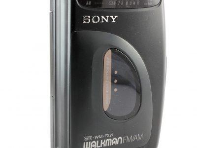 SONY 随身听 WM-FX21 Personal 立体声 磁带播放机 with AM/FM Radio