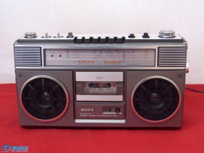 索尼 SONY CFS-65S 单卡四波段手提收录机