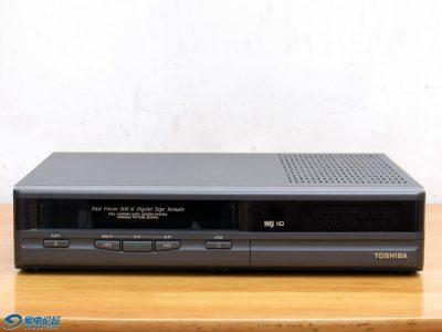 东芝 Toshiba V-95C VHS 磁带录像机