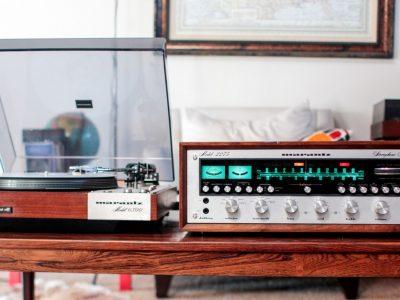 马兰士 Marantz 2275 收音机 with 马兰士 Marantz 6300 黑胶唱机