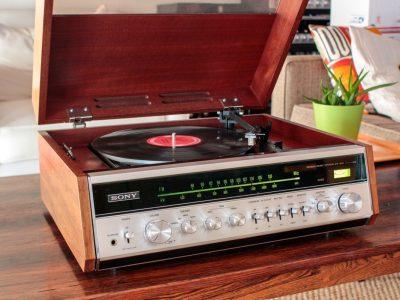 索尼 SONY HP-610 All in One 收音机 and 黑胶唱机