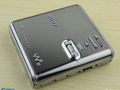 索尼 SONY MZ-RH10单放机一台