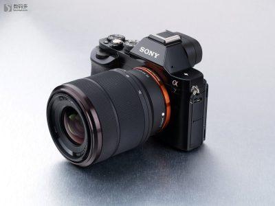 SONY 索尼 α7 [ILCE-7]全画幅微型可换镜头数码相机 - 安装FE 28-70mm F3.5-5.6 OSS标准变焦镜头