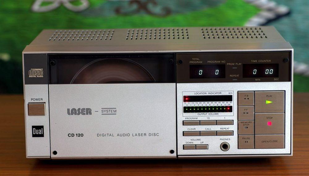 Dual CD120 CD播放机