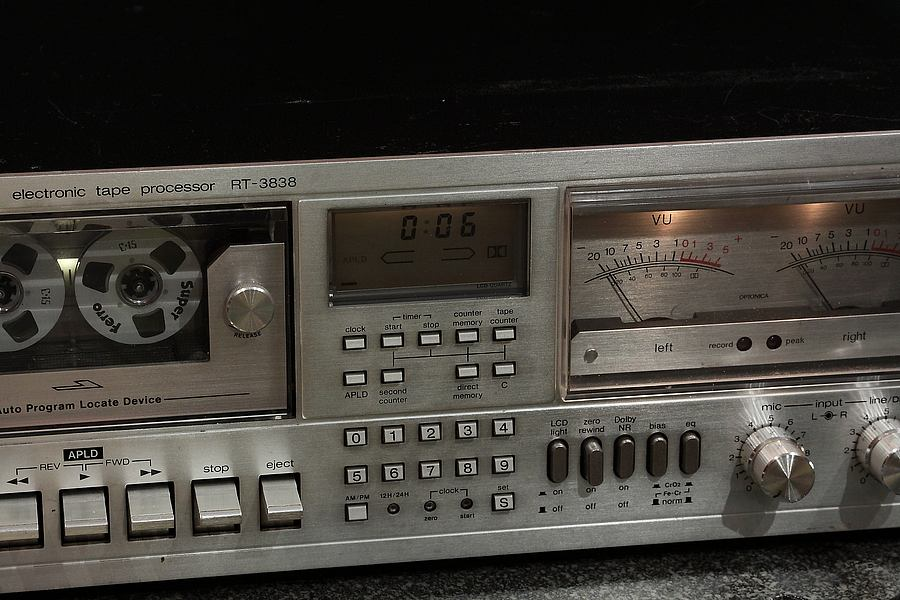 夏普 SHARP OPTONICA RT-3838 大表头卡座(1977)