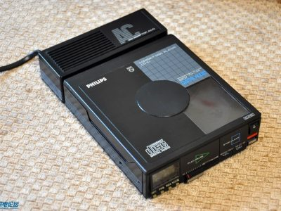 飞利浦CD10 随身听 + 三洋 SANYO M6060 磁带随身听