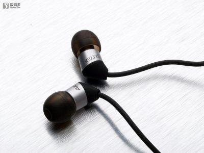 爱科技 AKG K323 入耳式耳机