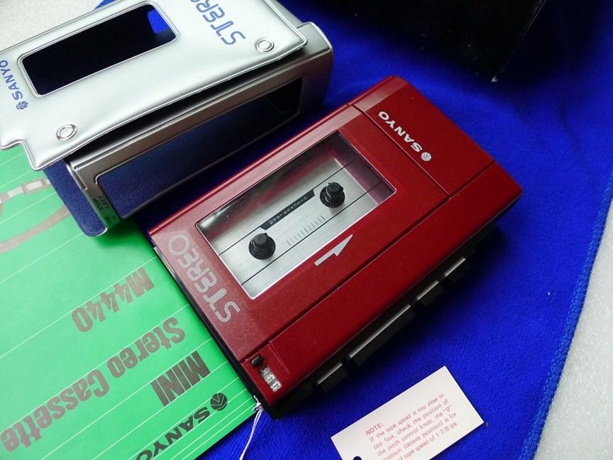 三洋大砖头 SANYO M4440 磁带随身听