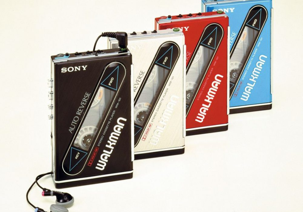 The first Walkman with rechargeable batteries, slimmer than its predecessors.