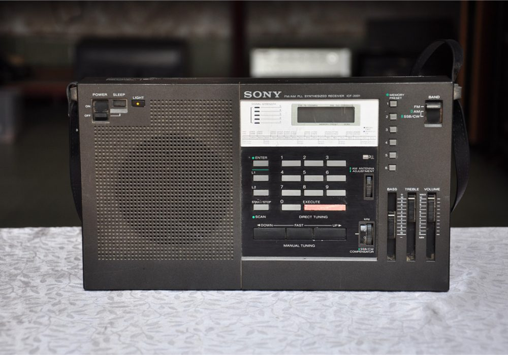 SONY ICF-2001 收音机