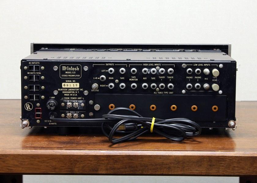 麦景图 McIntosh C22 电子管前级放大器