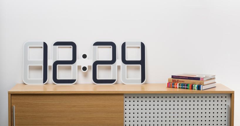 twelve24制作一米宽的电子墨水屏 clockone 钟表