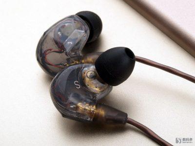 威索尼可 VSONIC VSD3s 入耳式耳机-灰色版
