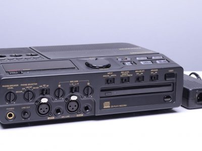 马兰士 Marantz CDR420 20GB 便携 CD/MP3 录音机