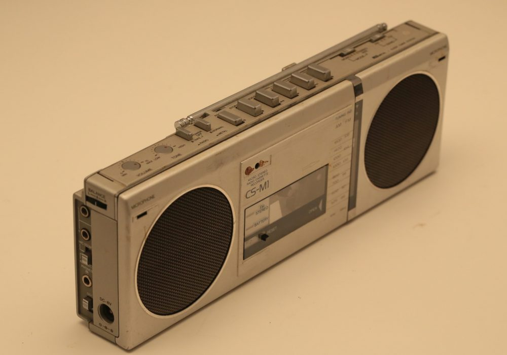 爱华 AIWA CS-M1 小型收录机