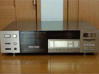 雅马哈 YAMAHA KX-R700 三磁头卡座