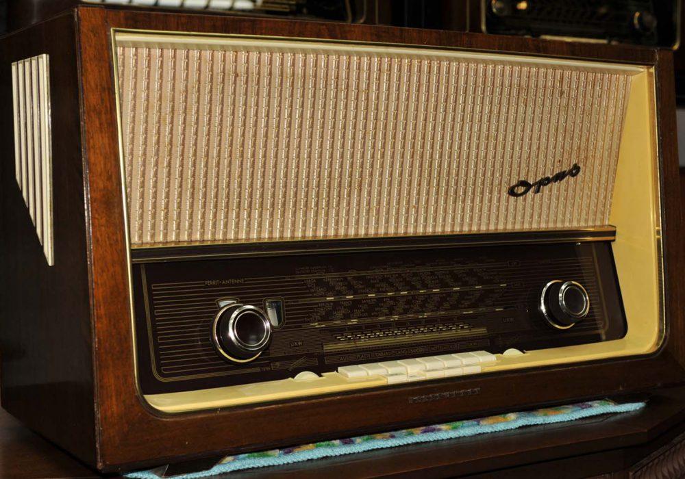TELEFUNKEN德律风根OPUS8 FM AM旗舰古董胆收音机