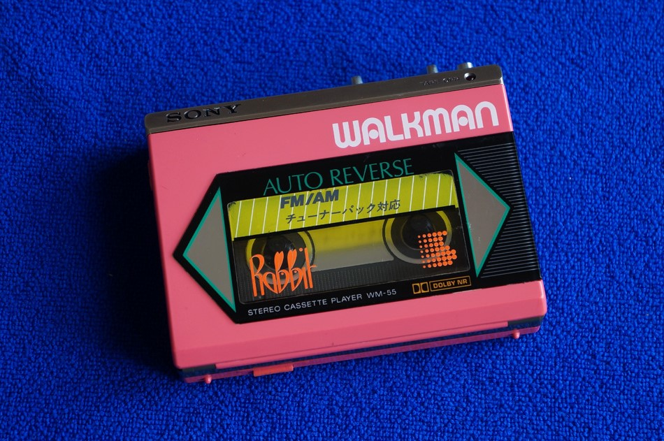粉红索尼 SONY WM-55 磁带随身听