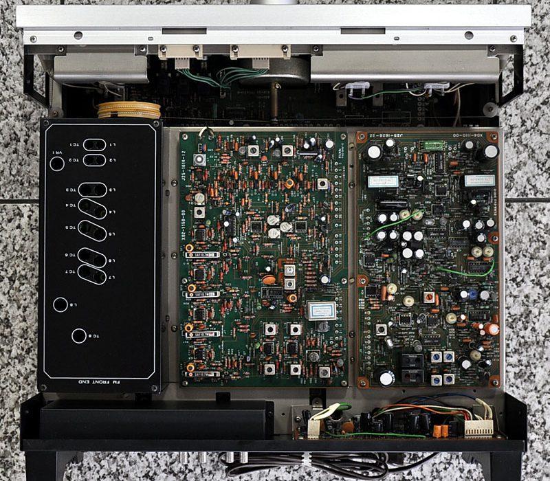 日立 TRIO KT-9900 三表头 高级FM收音头