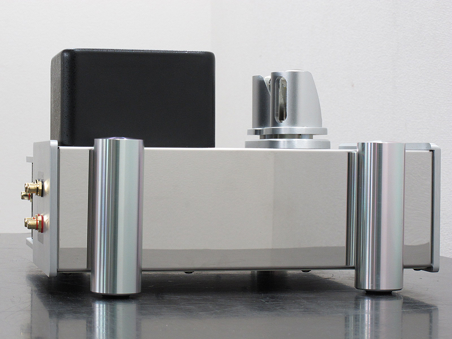 YAQIN SD-32A  电子管 CD播放机