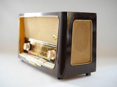 根德 GRUNDIG Type 4019 电子管立体声收音机