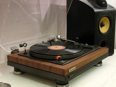 Pioneer PL55X 黑胶唱机