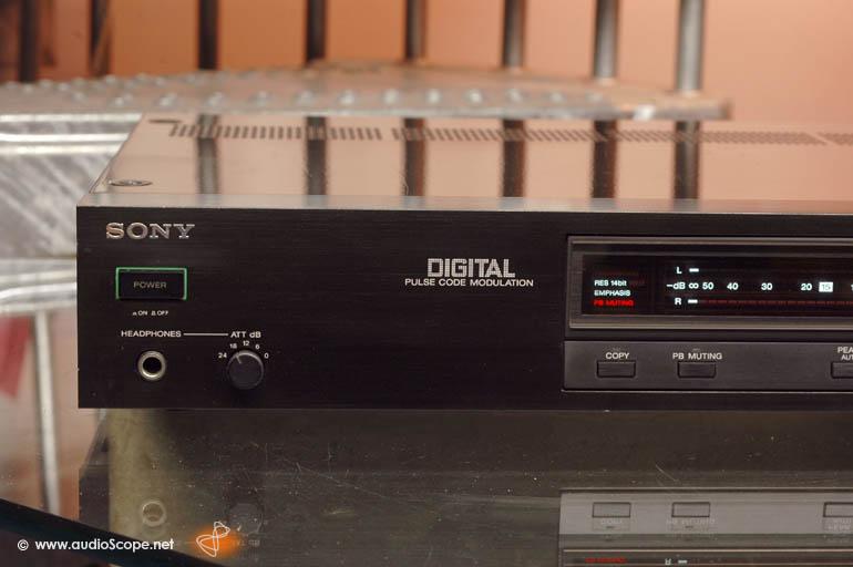 索尼 SONY PCM-701ES